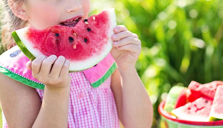 Hábitos alimenticios y la salud vocal